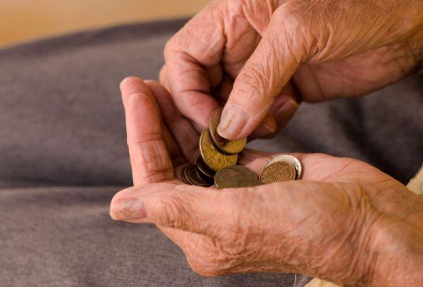Nyugdíjasok figyelem! Itt a 13. havi nyugdíj! - http://hjb.hu/nyugdijasok-figyelem-itt-a-13-havi-nyugdij.html/