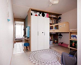 주거와 오피스가 공존하는 24평 아파트 : 네이버 매거진캐스트