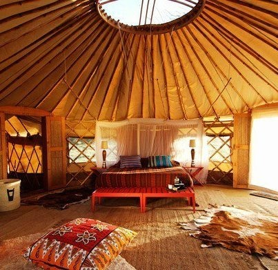 my dream is to own a yurt then have a other small workshop shed for my sewing, screen printing and yoga!! and hooping