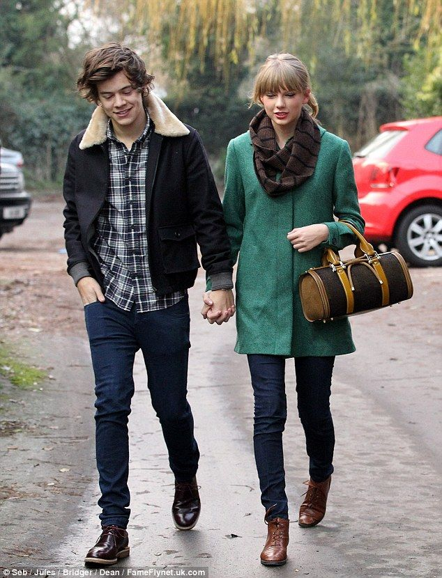 Girl upset because harry styles and taylor swift are dating