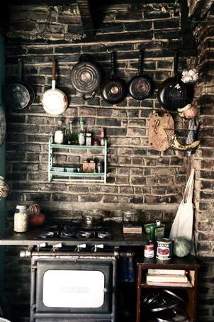 bricks: Black Brick, Old Stove, Cottages Kitchens, Brick Patterns, Brick Kitchens, Rustic Cottages, Brick Walls, Basements Kitchens, Kitchens Stoves