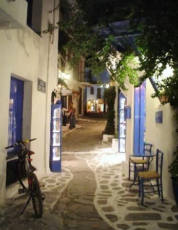 Скиатос, Греция: Street, Skiathos old town