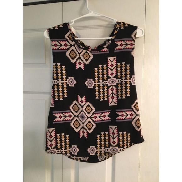 Aztec shirt Aztec shirt with red zipper detail on the back Forever 21 Tops Muscle Tees