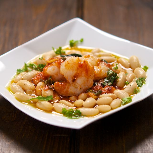 Tuscan Shrimp with cannellini beans- reminds me of florence!