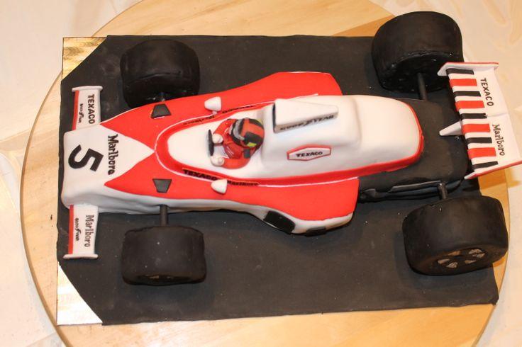 Tarta coche Mclaren del 74 con Emerson Fittipaldi