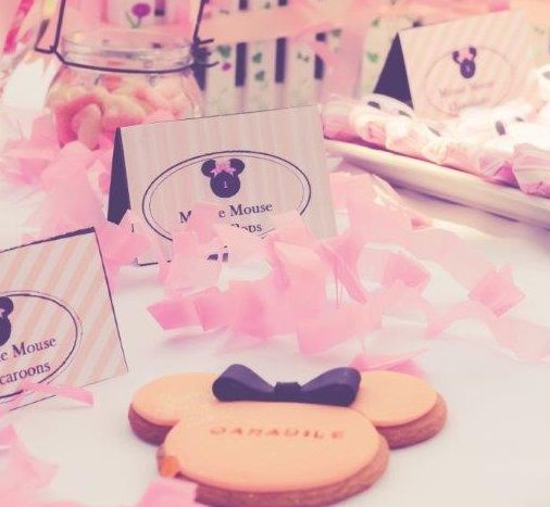 minnie mouse cookie
