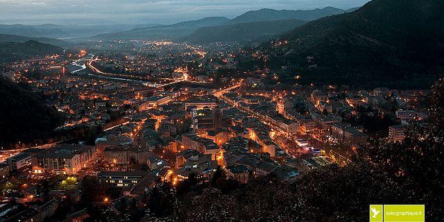 Digne-les-Bains, le soir venu | Alpes de Haute-Provence