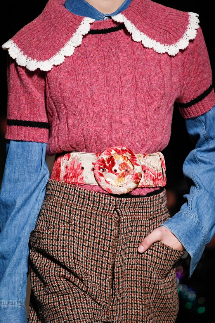 Miu Miu Fall 2016 Ready-to-Wear Fashion Show Details