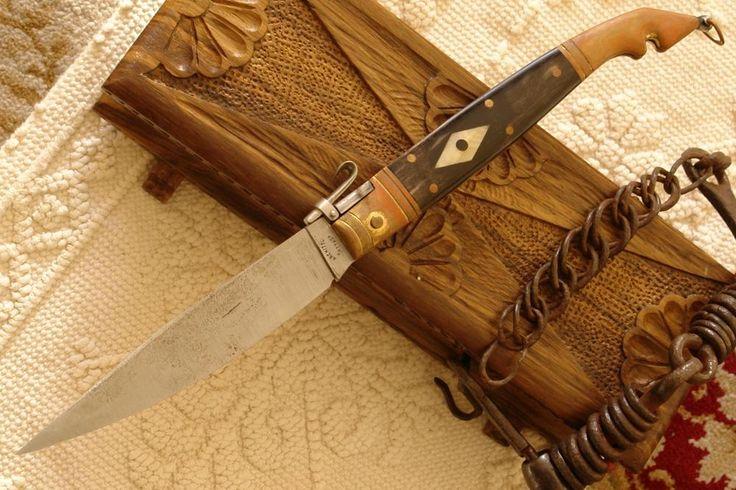 pugnale di legno