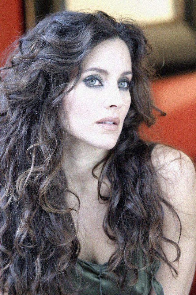 Rachel Shelley - Helena Peabody