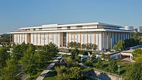 Free performances every day at 6pm of The Kennedy Center. Here's the list of events.