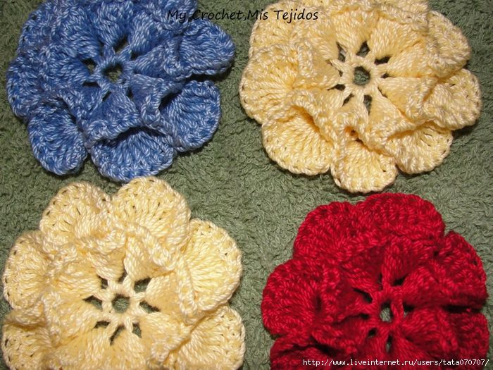 Закрученные листики в цветочке. МК: Crochet Flowers, Colors Flower, Flower Pictures, Flower Tutorials, Interesting Flower, Curls Leaves, Pretty Flowers, Diaries Online, Crochet Knits