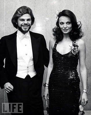 Diane von Furstenberg y su marido el príncipe Egon, formaron una de las parejas más glamurosas de los años 70.