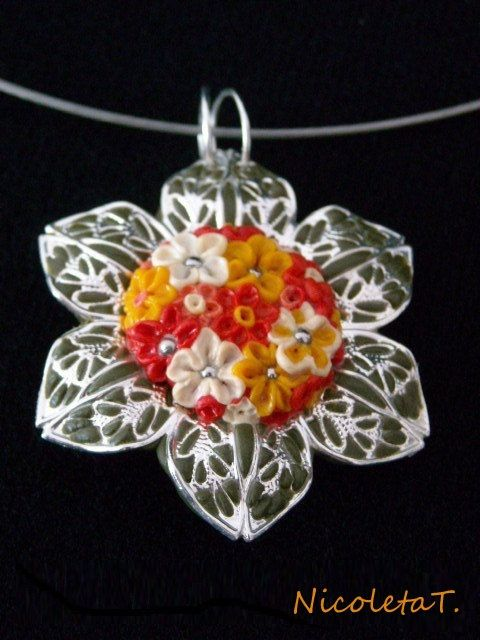 Flowers by NicoletaT on Etsy, €14.50