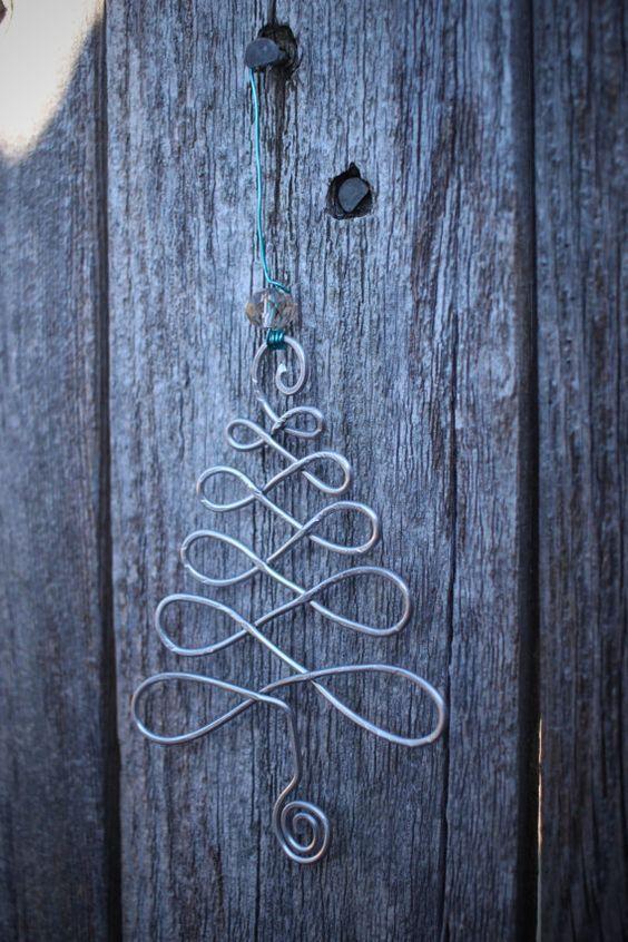 Original DIY Weihnachtsschmuck und Dekoration aus dünnem Draht  – Weihnachten