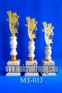 Jual Trophy Piala Penghargaan, Trophy Piala Kristal, Piala Unik, Piala Boneka, Piala Plakat, Sparepart Trophy Piala Plastik Harga Murah Jual Piala Trophy Marmer Murah Jakarta, Bandung, Surabaya, Tangerang