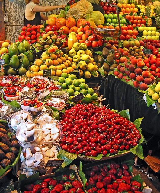 En la plaza de mercado.