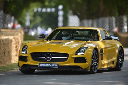 Car Information Seamless blooming gorgeous supercar at Goodwood festival car