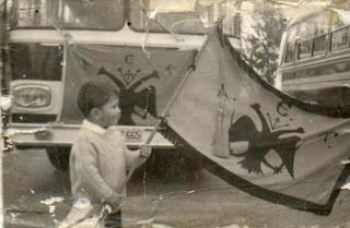 Ασπρόμαυρα όνειρα στις παλιές γειτονιές της Αθήνας [photos]