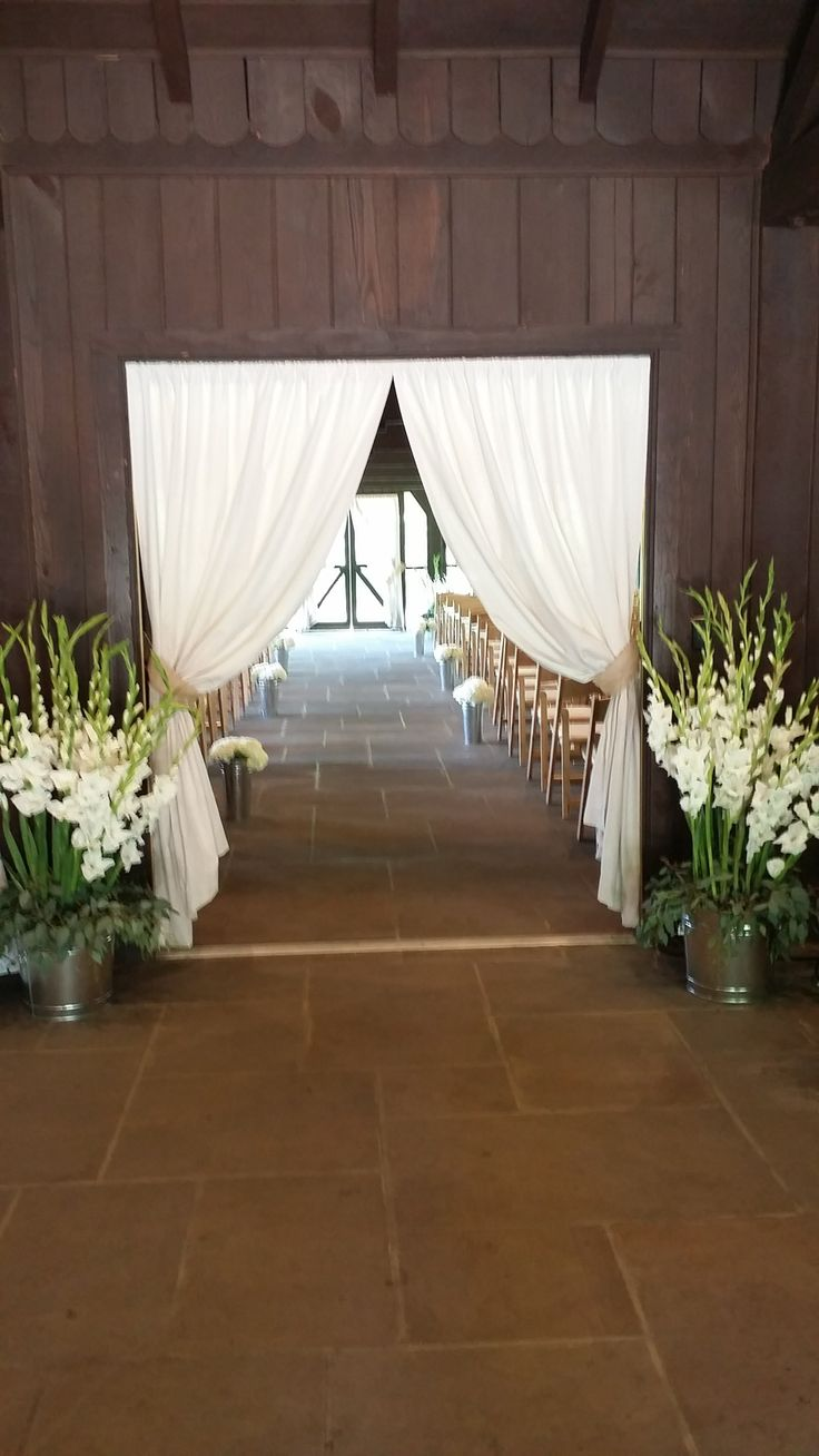 Another great way to dress up the entryway at Happy Days Lodge!
