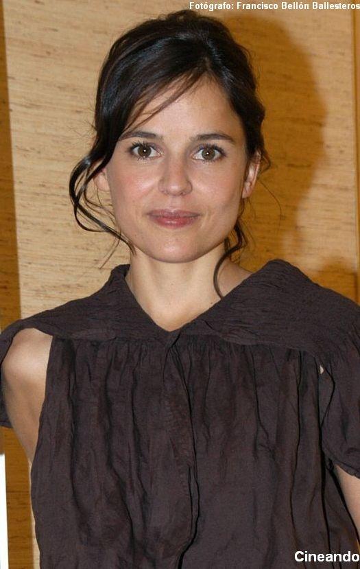 Spanish beauty Elena Anaya