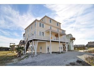 Topsail Island rental: Island Park Duplex - Oceanfront 5 bedroomsduplex in North Topsail Beach, Probably need to look close at location to road