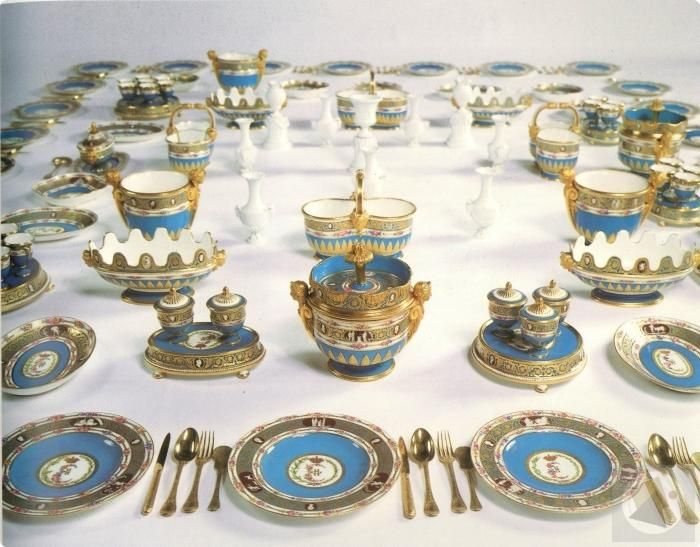 Porcelain service of Catherine of Russia: late 18th C