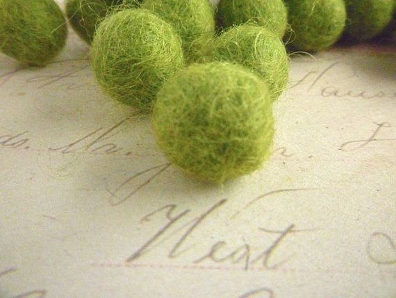 Felt Balls SMALL - Lime Green - 1cm