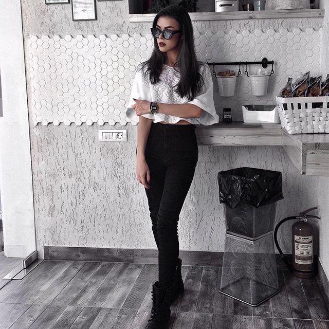 Cristina Bnta (@cristinabnta) • Instagram photos and videos