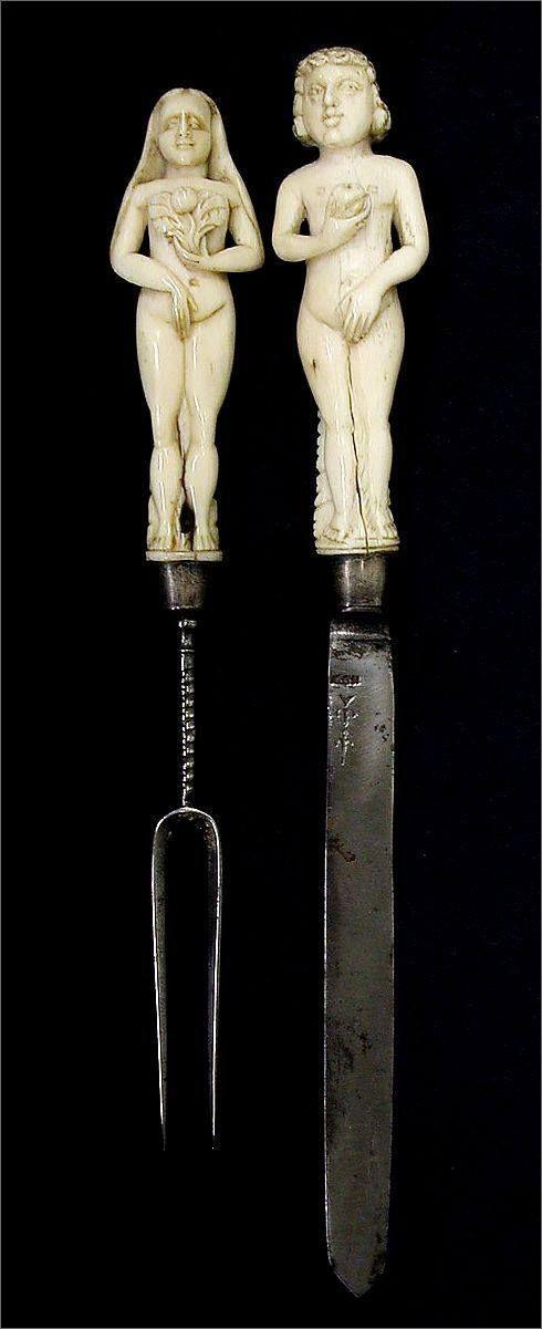 Свадебные нож и вилка. Третья четверть 17-го века. Англия или Голландия. Слоновая кость, сталь, серебро. Размер 23,5 см
