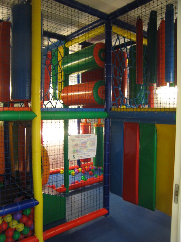 Una hora gratis de alquiler de txoko con cocina integrada, area de juego y piscina de bolas. Donado por JAN ETA JOLAS, Algorta