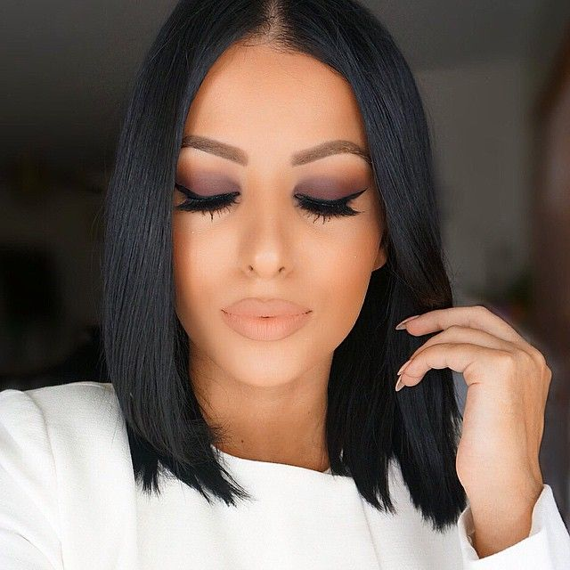 """#neutrals BrowWiz """"Brunette"""" and Brow Gel """"Caramel"""" @toofaced Chocolate Bar Palette on the eyes. Inglot gel liner #77 and NYC liquid liner to darken it. @houseoflashes """"Iconic"""" lashes. Mac """"Stripdown"""" lip pencil and Stila """"Bellissima"""" liquid lipstick #glamrezy"""