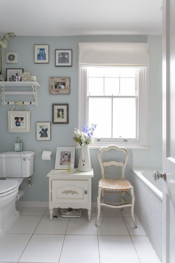 Whether you live with your husband and gaggle of children or your single women living in the city, it's okay to give yourself at least one nook that exemplifies everything you love about your femininity and cozy, womanly styles. Shabby chic accents and delicate accessories can combine to create wonderful crannies around your home. Let's take a peek and get inspired!