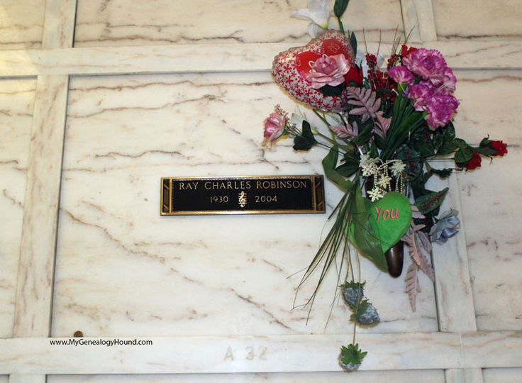 Ray Charles Robinson, grave or crypt, tombstone, Inglewood Park Cemetery, Inglewood, California, photo