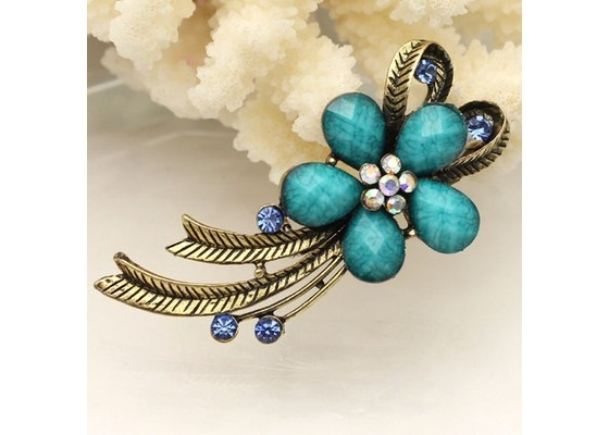 Beautiful Blue Crystal and Antique Bronze Flower Brooch $11.95