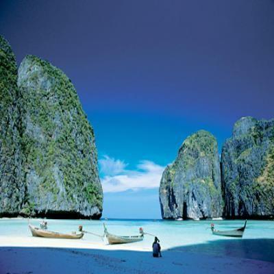 Pagudpud Beach | Discover... Travel... Explore... Philippines | explore.ph |