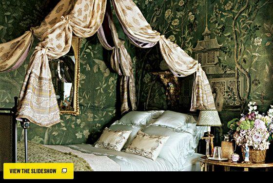 New York Design Hunting - Designer Howard Slatkin's Upper East Side Bedroom -- New York MagazineDecor, Dreams Bedrooms, Guest Room, Guest Bedrooms, Howard Slatkin, Canopies Beds, Dreamy Bedrooms, House, Beautiful Bedrooms
