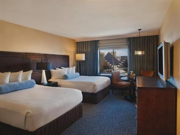 World Hotel Finder - Excalibur Hotel & Casino