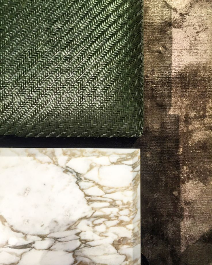 Glossy, dark green leather perfectly suits veins of the noble marble and is counterweighted by faded rug. #mood #darkgreen #leather #marble #fadedrug #textures #colours