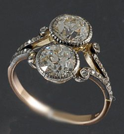 18ct yellow gold and silver set two stone Old cut diamond ring 1910/20c 1.50ct each stone