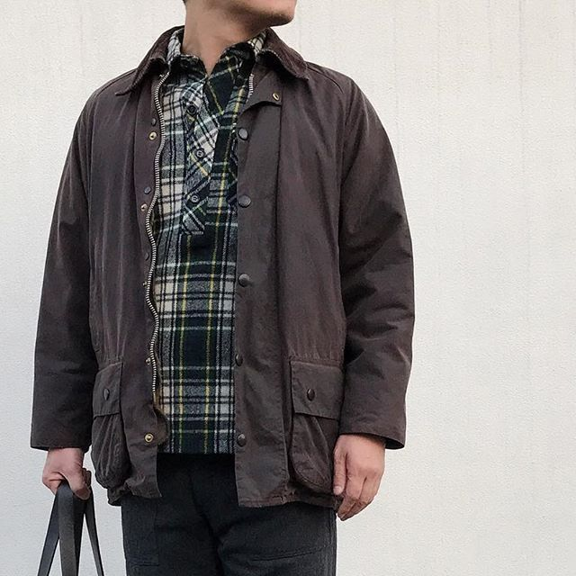 Today, I will wear Barbour's Beaufort. It's been a while wearing it. ↓ #Barbour #Beaufort #80s #LLBean #EngineeredGarments #Filson #MyStandard #OutFit #DailyFashion #Vintage #Fashion #FashionPost #ビンテージ #ファッション #コーディネート #バブアー #エンジニアドガーメンツ #フィルソン