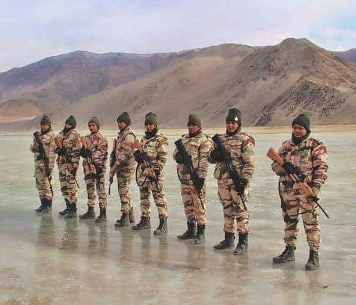 Women soldiers of ITBP (Indo-Tibetan Border Police || भारत-तिब्बत सीमा पुलिस बल) Motto: Shaurya - Dridhata - Karm - Nishtha.(Valour, Steadfastness and Commitment). . Checkout our youtube channel for some special forces video. Link in the bio.  #itbp #high #himalayas #himalayan #white #ice #survival #adventure #commando #indians #india #army #like4like #instamood #indianarmy #follow4follow #like #follow #warrior #special #weapon #training #followme #fight #guns #guardians #womensoldiers #bord
