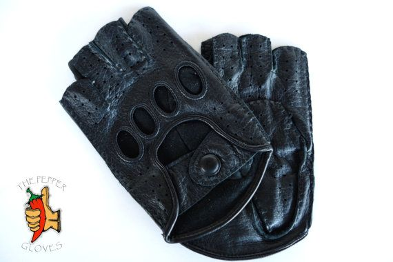 Men's deerskin fingerless unlined driving gloves  by paprikastory