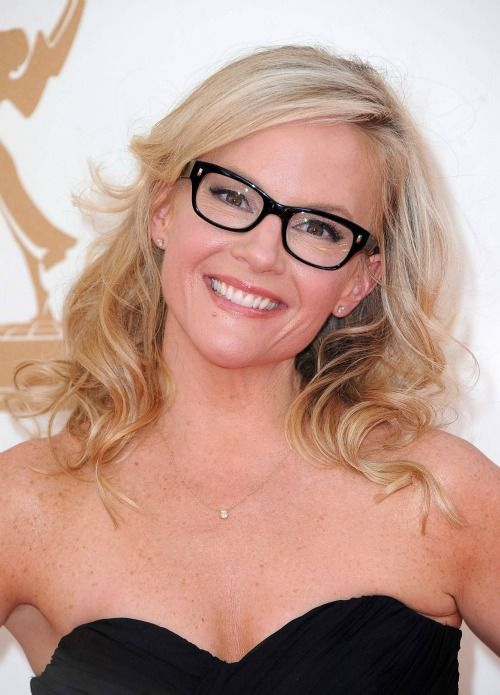 Rachael Harris. One of my favorite actresses ever.