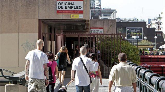 El paro sube en 15.600 personas en Canarias en el segundo trimestre y supera los 300.000 desempleados