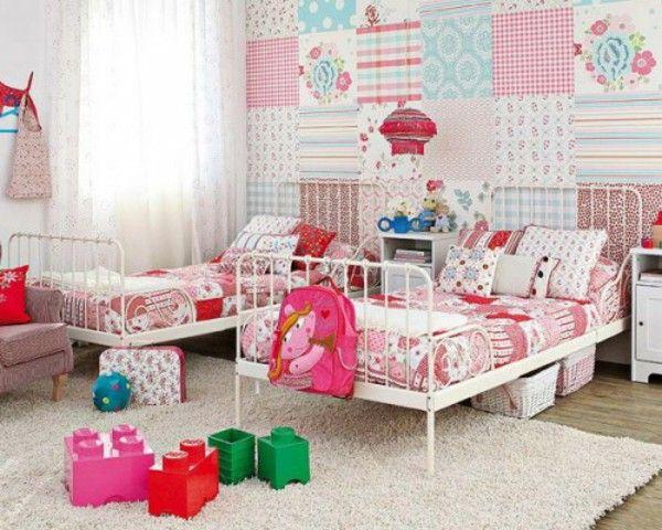 Kamar Anak Dengan Dinding Kain Perca