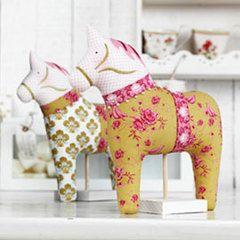 tilda~dala horse~ tilda's summer ideas book