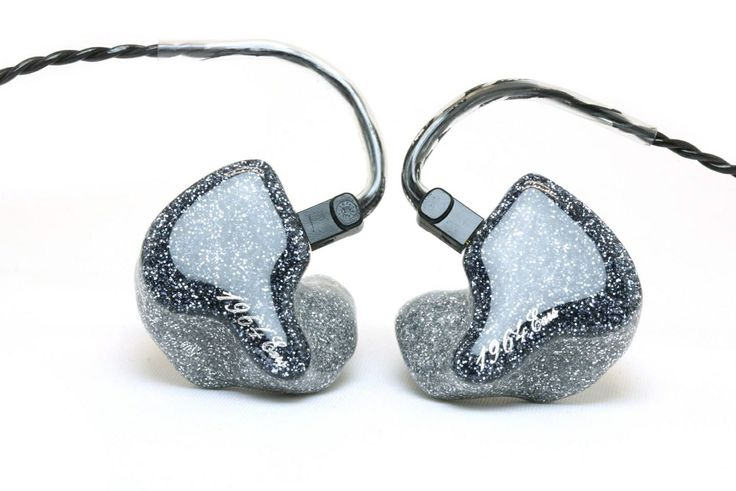 how to use in ear monitors live