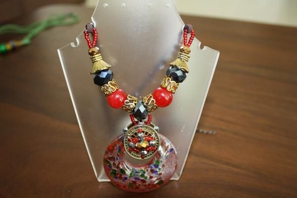 """Stunning """"Red"""" Murano Glass Necklace"""