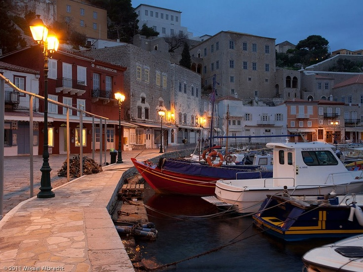 Hydra Island, harbour by night, Saronic  Ελλάδα, Greece 12.40 a.m.   Καληνύχτα, Good night, Buonanotte, Bonne nuit, Buenas noches, Laku noc :)))  (photo by Mikael Albrecht)